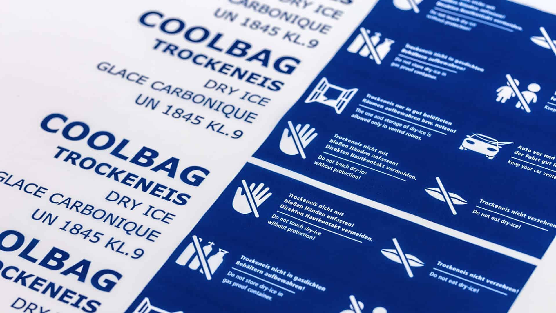 Trockeneis Coolbags mit Sicherheitshinweisen